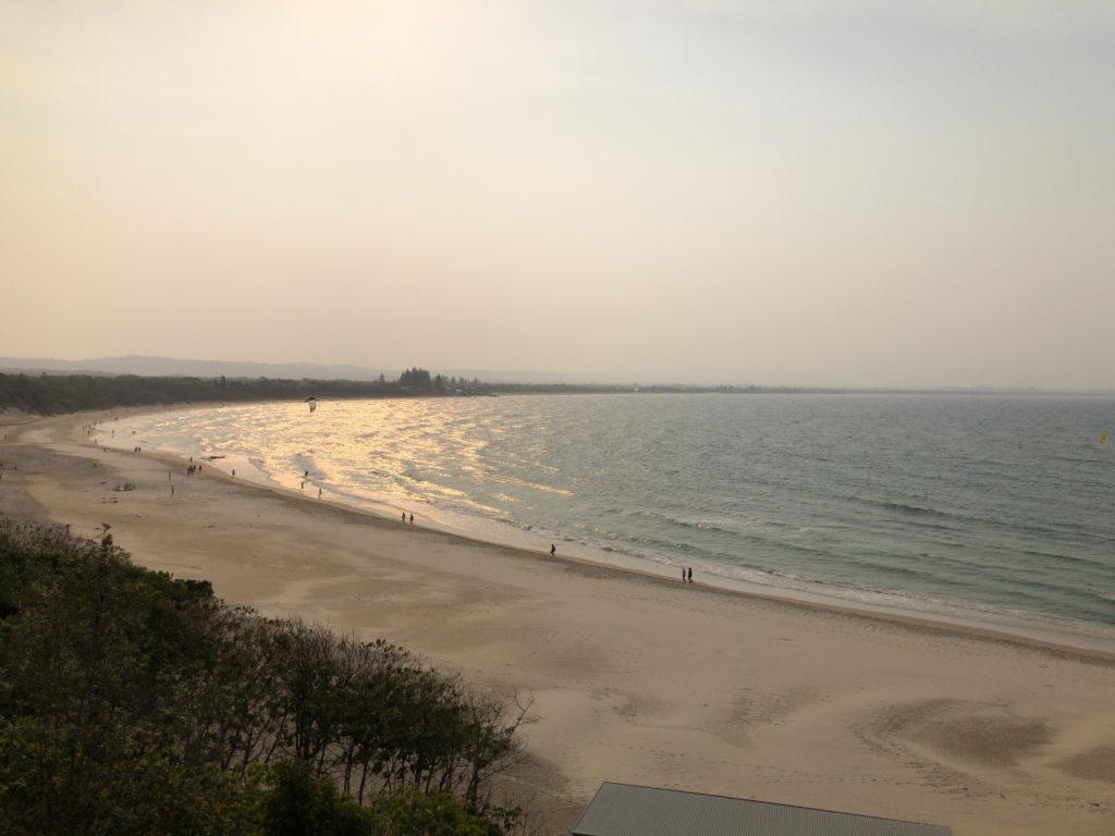 オーストラリア,バイロンベイ,東海岸,バスキング