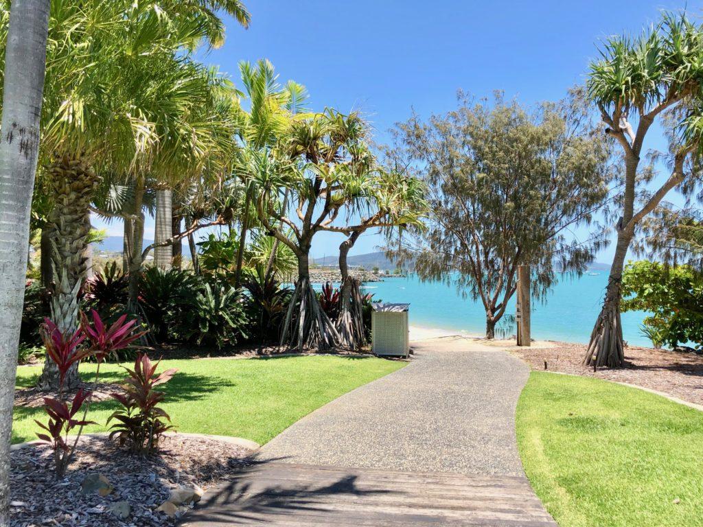 ホワイトヘブンビーチ,オーストラリア,アーリービーチ,エアリービーチ,ハミルトン島,一人旅,女性,バックパッカー