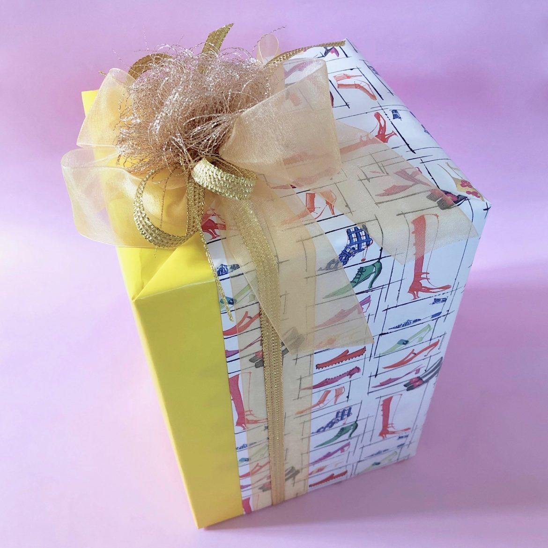 ラッピング研究所,持ち込み,ラッピング,リボン,かわいい,バレンタイン,クリスマス,通販,ネット,郵送,通販で買ったプレゼント,代行,ラッピング屋さん,山口ラッピング,包装,ラッピングサービス,プレゼント,ギフト,贈り物,web,ウェブ,誕生日,冠婚葬祭,引き出物,お中元,オリジナル,オーダーメイド,専門,イズアザー,is other,isother,安い,村上千明,手作り,メッセージカード,ノマド,フリーランス,旅,手作り,ファッション,ライフスタイル,感動,ラッピングクリエイター,貼り箱,ギフトボックス,ペーパーボックス,ハイヒール